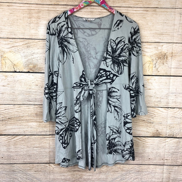 CAbi Tops - CAbi tie front tunic size M // F19